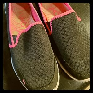 Ryka Slip Ons Size 8